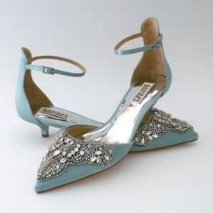 Badgley Mischka Fiana, Blue Radiance Kitten Heel